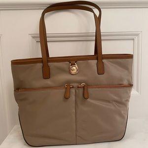 Michael Kors Kempton Tote Bag